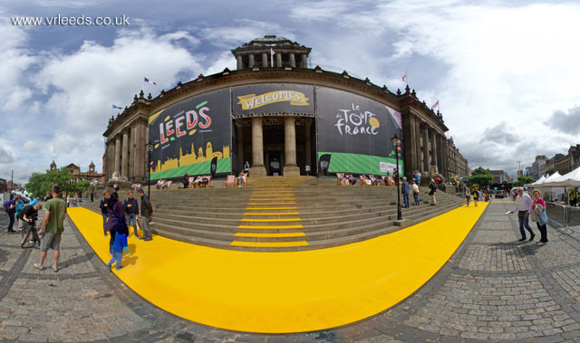 Le Grand Depart, Leeds Town Hall